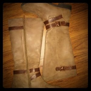 Frye Riding Boots ..Size 8 EXCELLENT CONDITION